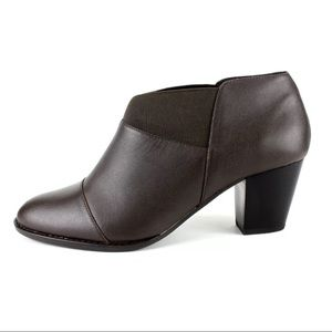 Vionic Orthaheel Booties 326 Slip On Ankle Boots